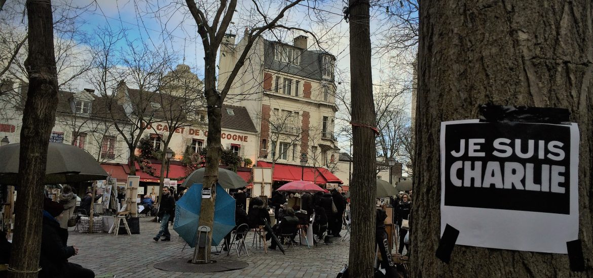 #JeSuisCharlie in Place du Tertre, Montmartre - The Dinocorn Life